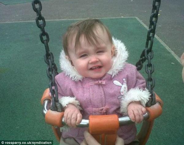 Bé gái 2 tuổi tử vong vì bị cha mẹ cho uống Methadone để không quấy khóc 1