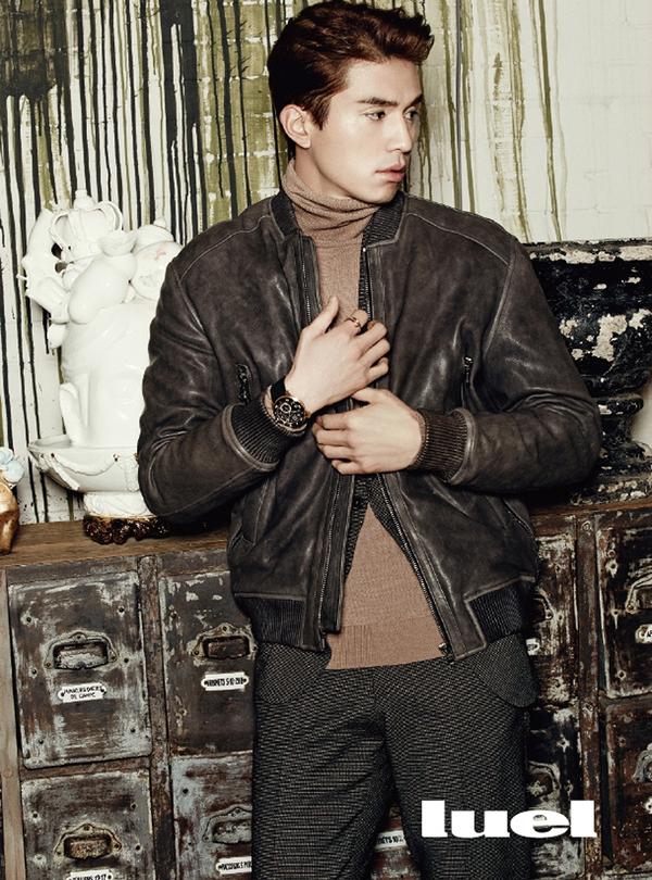 Lee Seung Gi lại dẫn đầu đoàn mỹ nam trên tạp chí tháng 1 18