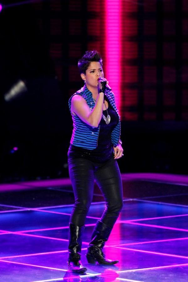 """The Voice US: Adam """"ngang nhiên"""" nẫng tay trên của Blake 4"""