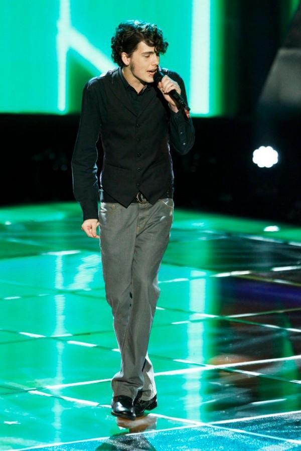 """The Voice US: Adam """"ngang nhiên"""" nẫng tay trên của Blake 5"""