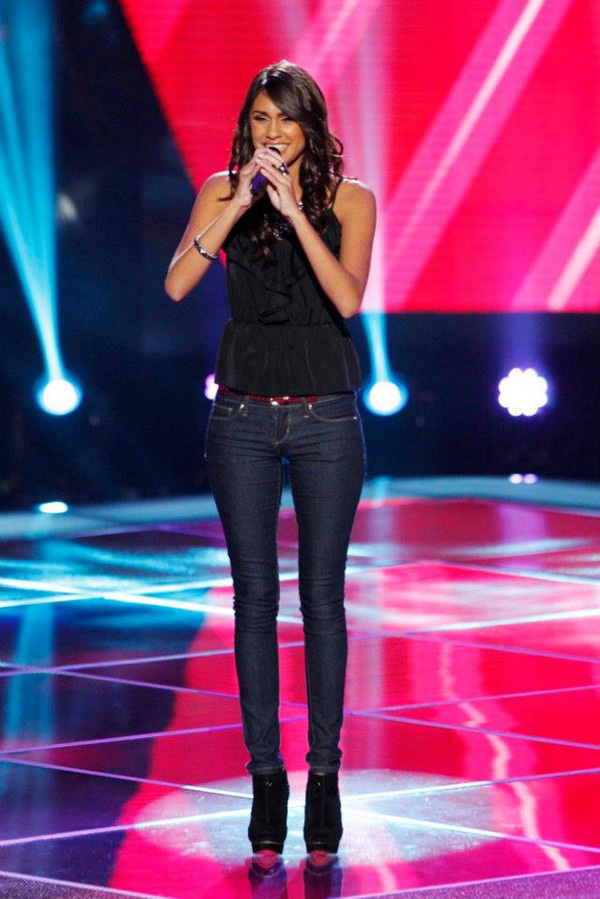 """The Voice US: Adam """"ngang nhiên"""" nẫng tay trên của Blake 11"""