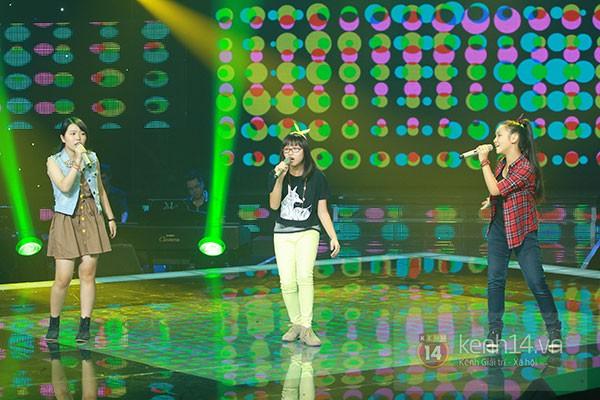"""Liveshow 2: Hồ Hoài Anh và Trấn Thành """"đấu"""" vọng cổ vì Phương Mỹ Chi 5"""