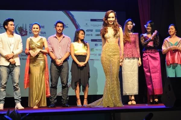 Ái Phương ấn tượng tại Malaysia, Đinh Huy (The Voice) ủng hộ người đồng tính 5