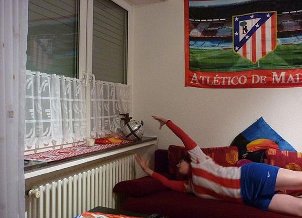"""Mạng xã hội """"dậy sóng"""" vì thủ môn trẻ của Atletico Madrid 8"""