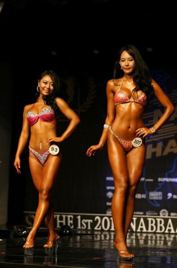 """Lạ mắt cuộc thi hoa hậu """"cơ bắp"""" tại Hàn Quốc 4"""