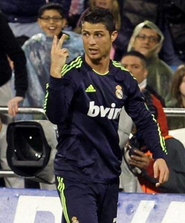 """Nhìn lại năm 2013 của """"cỗ máy ghi bàn"""" Cristiano Ronaldo 3"""