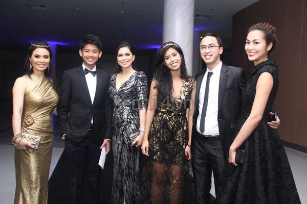 Những cô nàng chị dâu, em chồng xinh đẹp và nổi tiếng của sao Việt 6