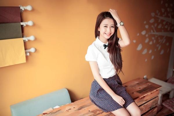 Ngỡ ngàng hot girl Việt giản dị mà cực dễ thương khi mặc quân phục 11