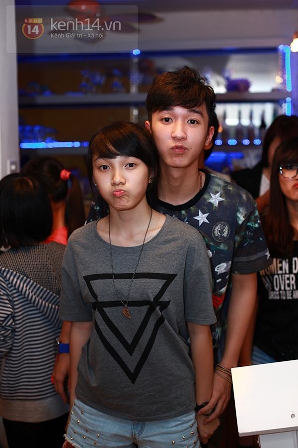 Chi Pu, Sa Lim, Quỳnh Anh Shyn thân thiết trong buổi offline của St.319 10