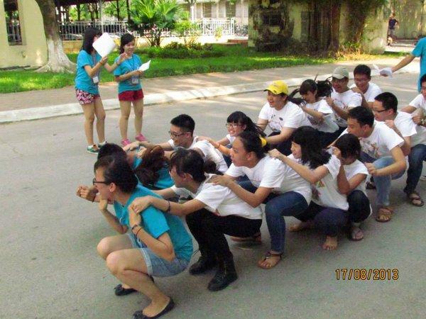 """Hà Nội: Teen Nguyễn Tất Thành """"nổi loạn"""" trong sân trường 12"""