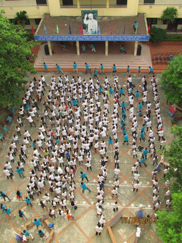 """Hà Nội: Teen Nguyễn Tất Thành """"nổi loạn"""" trong sân trường 15"""