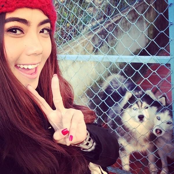 Ngắm hot teen Việt nhắng nhít chụp ảnh cùng thú cưng 25
