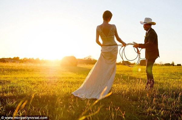 Cặp đôi tổ chức đám cưới 66 lần khắp thế giới tiếp tục kết hôn lần thứ 67 ở New Zealand 16