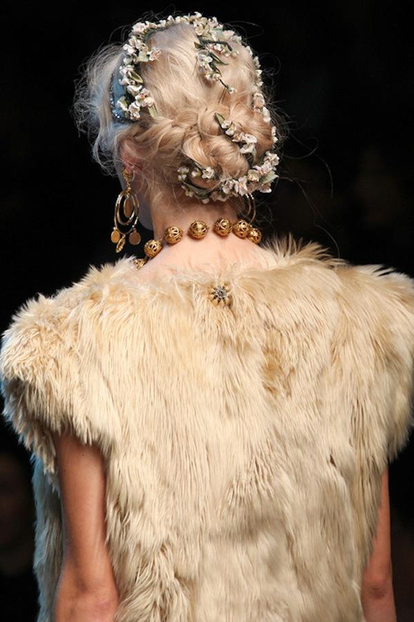 Những xu hướng trang điểm không thể bỏ qua tại Milan Fashion Week 13