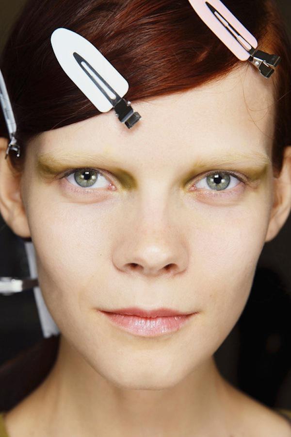 Những xu hướng trang điểm không thể bỏ qua tại Milan Fashion Week 12