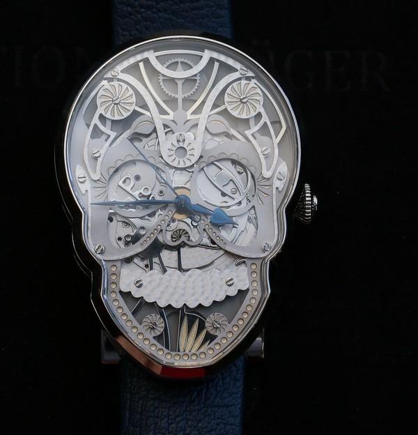 Fiona Krüger ra mắt chiếc đồng hồ Skull có thiết kế siêu độc đáo