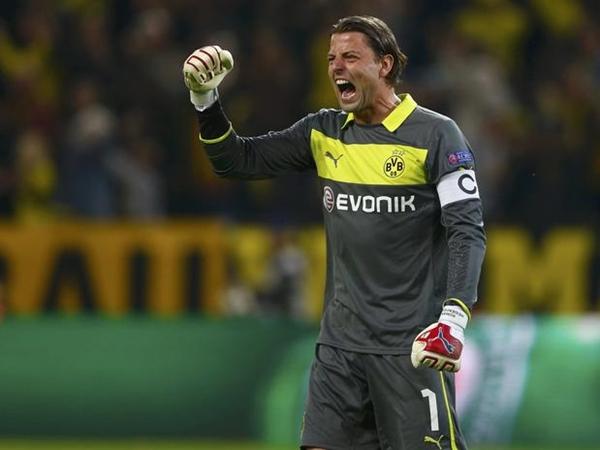Đội hình tiêu biểu BK lượt đi Champions League: Bundesliga thống trị 1