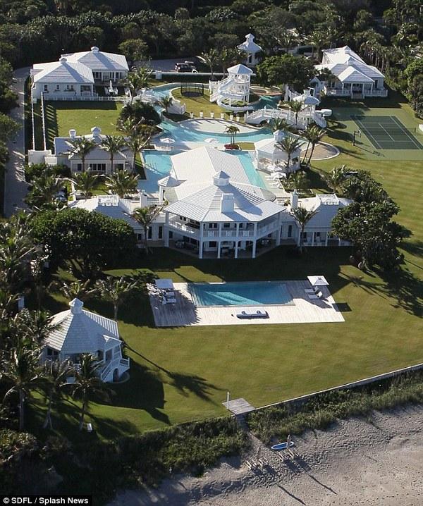 Céline Dion bán siêu biệt thự có công viên nước giá 1.600 tỷ 2