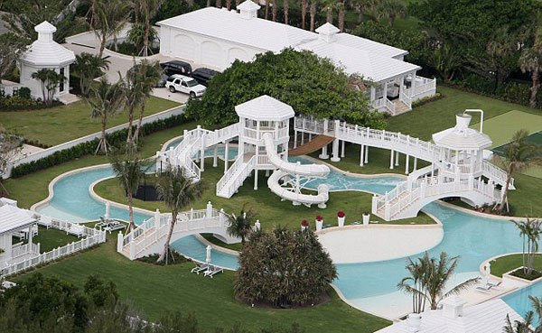 Céline Dion bán siêu biệt thự có công viên nước giá 1.600 tỷ 3