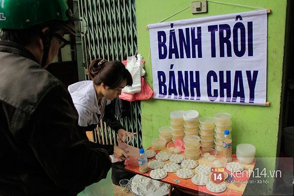 Người Hà Nội xếp hàng mua bánh trôi bánh chay trong cái rét nàng Bân 4