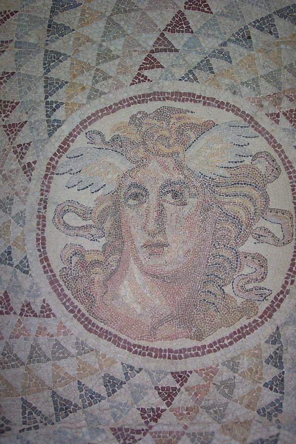 Đi tìm quái vật rắn trong thần thoại Hy Lạp 6