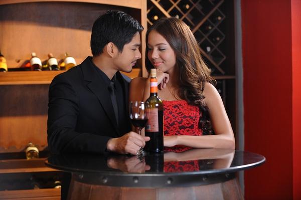 """Sao Philippines tỏa sáng trong """"Mãi yêu"""" 2"""