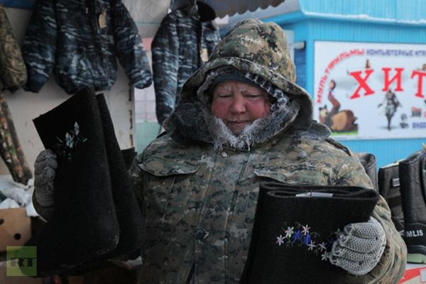 Những hình ảnh đáng sợ về giá lạnh bất thường tại Nga 13