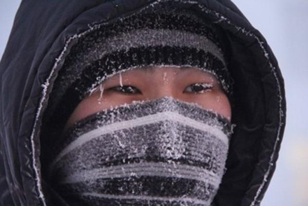 Những hình ảnh đáng sợ về giá lạnh bất thường tại Nga 21