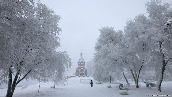 Những hình ảnh đáng sợ về giá lạnh bất thường tại Nga 9
