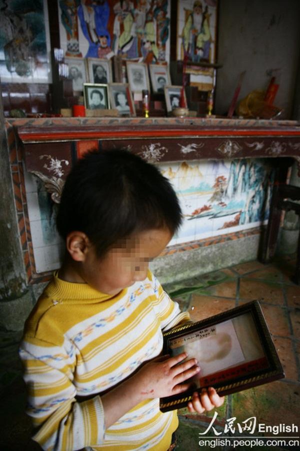 Cuộc sống của một gia đình nhiễm HIV 13