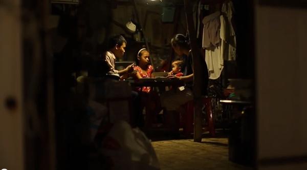 Cay mắt với đoạn phim ngắn về Trung thu của cô bé nghèo 1