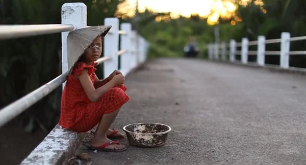 Cay mắt với đoạn phim ngắn về Trung thu của cô bé nghèo 6