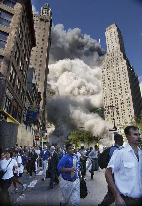 Ngày đen tối của lịch sử nước Mỹ cách đây 12 năm 13