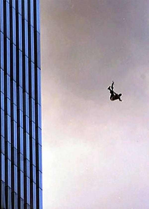 Ngày đen tối của lịch sử nước Mỹ cách đây 12 năm 8