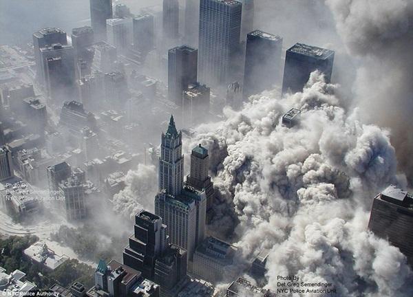 Ngày đen tối của lịch sử nước Mỹ cách đây 12 năm 5