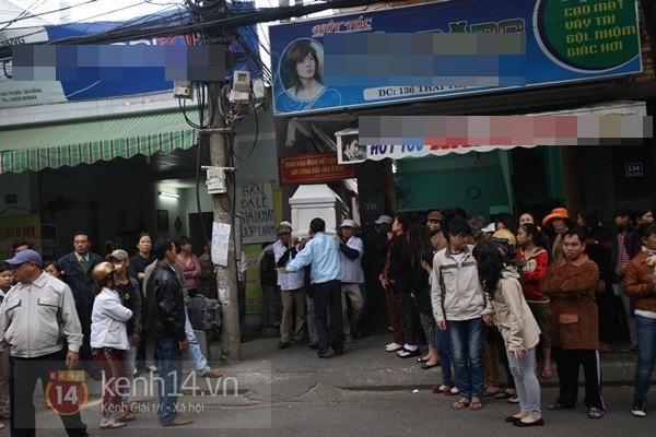 Lễ đưa tang đầy nước mắt của cô gái bị chém và thiêu sống ở Đà Nẵng 5
