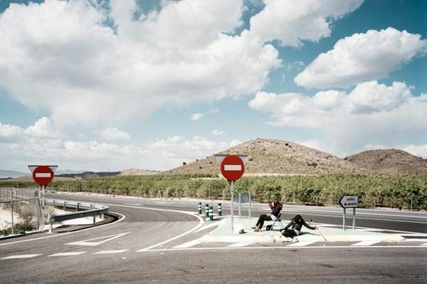 """Bộ ảnh chân thực về """"gái đứng đường"""" ở Tây Ban Nha 28"""