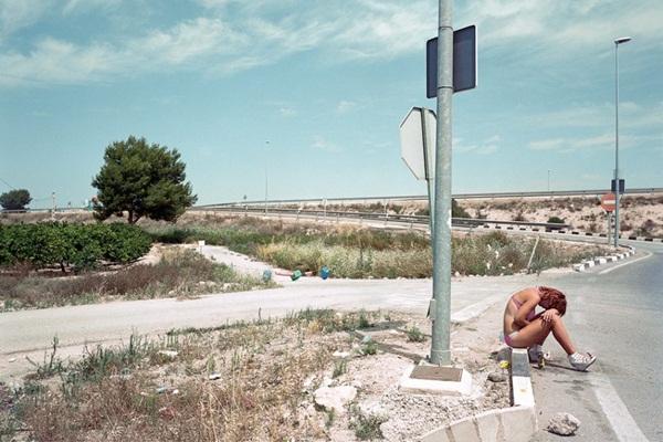 """Bộ ảnh chân thực về """"gái đứng đường"""" ở Tây Ban Nha 2"""