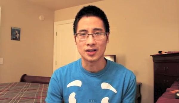 """Xôn xao clip phản bác lại Vlog """"Tết hội nhập"""" của JVevermind 2"""