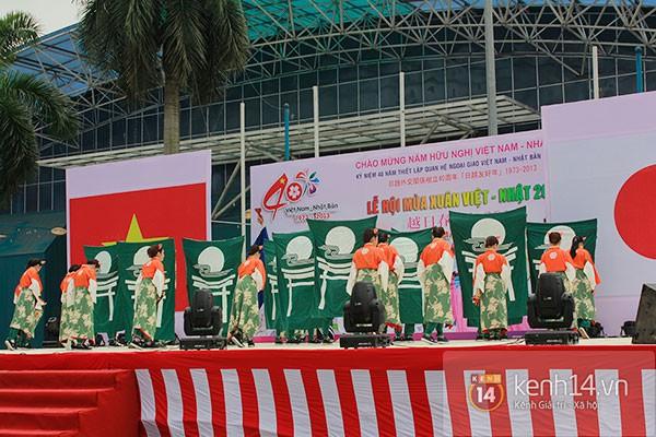 Giới trẻ Hà thành sôi động cùng lễ hội hoa anh đào 20