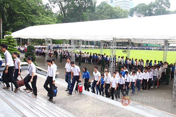 TP.HCM: Không khí trang nghiêm và đầy cảm động trong lễ viếng Đại tướng 68