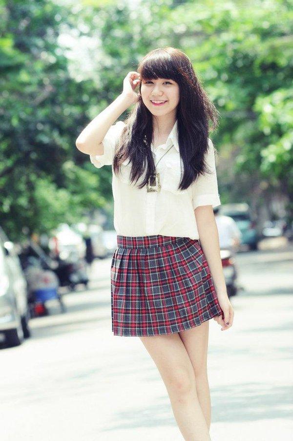 Ngắm hot girl Việt mặc đồng phục giản dị nhưng vẫn cực xinh 16