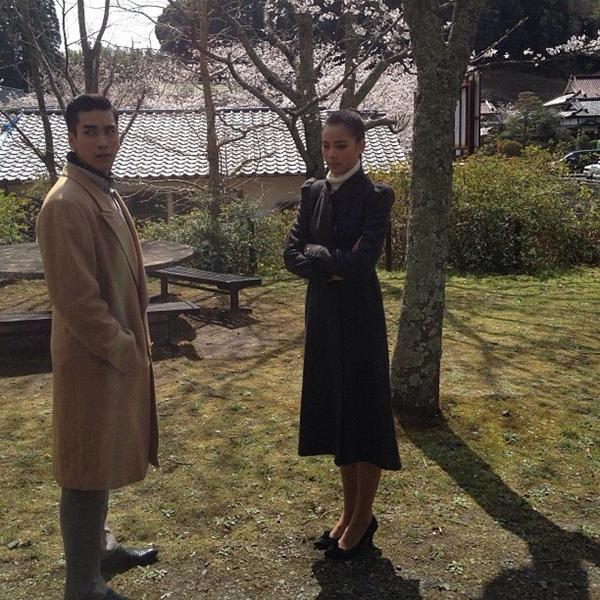 """""""Couple"""" đẹp nhất màn ảnh Thái tình tứ tại Nhật 9"""