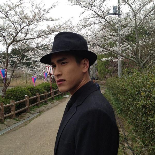 """""""Couple"""" đẹp nhất màn ảnh Thái tình tứ tại Nhật 10"""