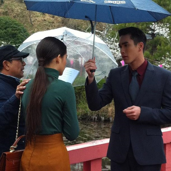 """""""Couple"""" đẹp nhất màn ảnh Thái tình tứ tại Nhật 12"""