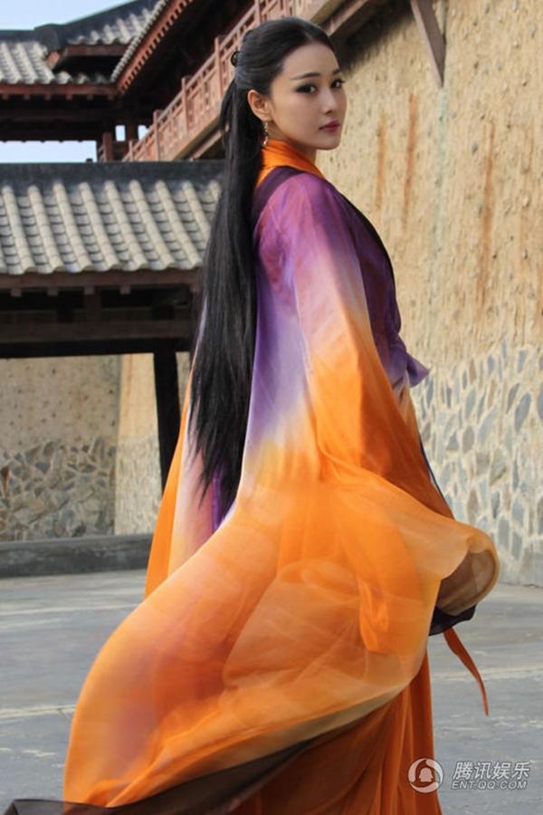 """Giống Tiểu Long Nữ, Lý Mạc Sầu cũng nhái """"mốt"""" tóc... Na Tra 4"""