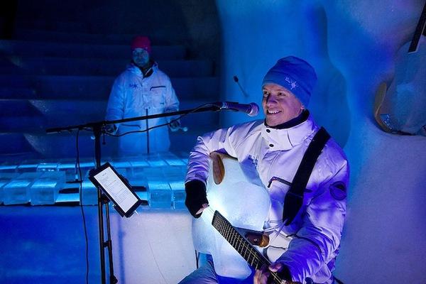Thưởng thức âm nhạc với những nhạc cụ băng giá tại Thụy Điển 11