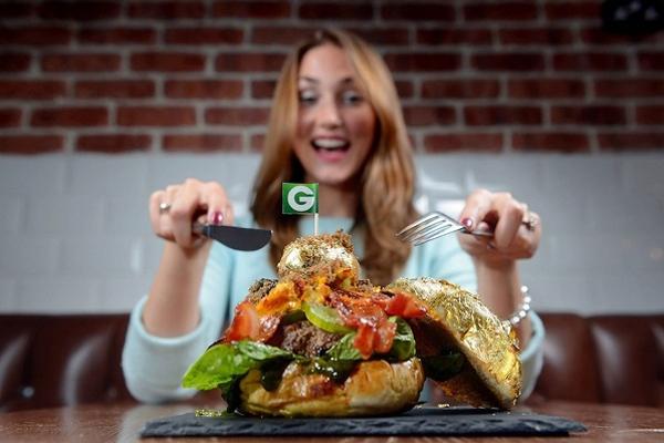 Bánh hamburger đắt nhất thế giới, giá gần 38 triệu đồng 5