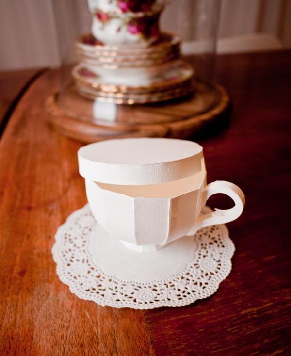 Khéo léo cắt dán hộp đựng hình tách trà 12
