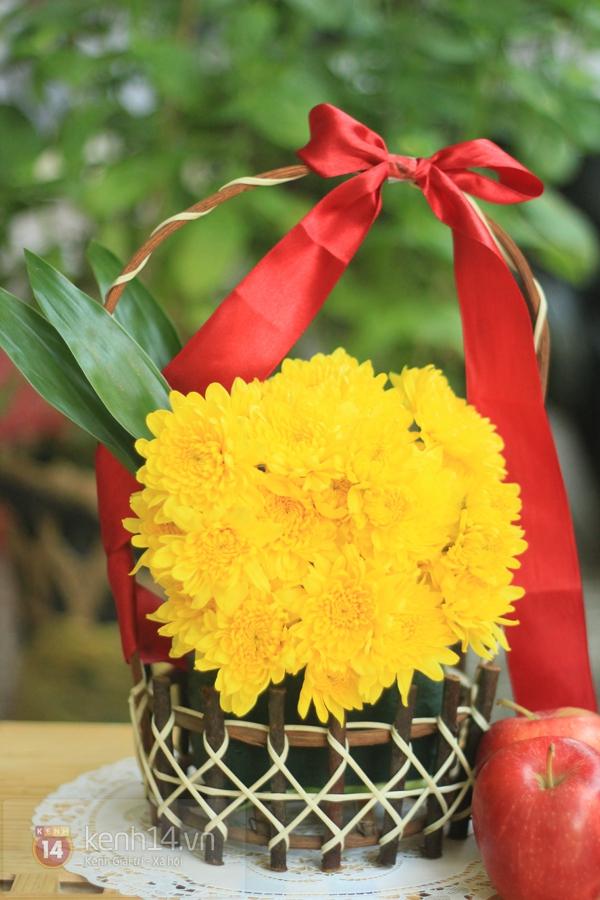 Xem nhanh cách cắm hoa cúc đơn giản 10